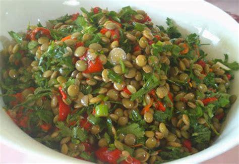 meze tarifleri resimli ve pratik nefis yemek tarifleri sitesi yeşil mercimek salatası tarifi salatalar mezeler haberleri