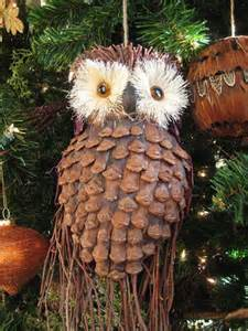 Easy pine cone craft projects christmas ornaments turkeys wreaths