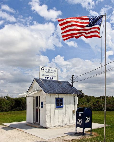 Us Post Office Naples Fl by Things We Discovered On A 74 Mile Car Trip On The Tamiami