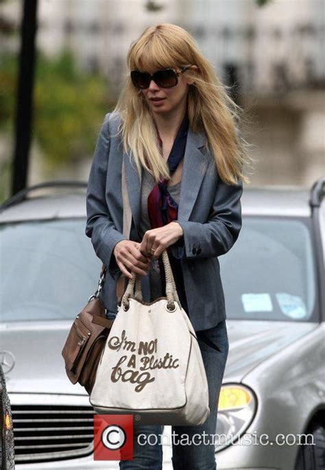 How To Get Anya Hindmarchs I Am Not A Plastic Bag Tote by Schiffer Out And About In Notting Hill 14