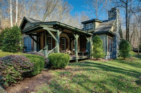 miranda lambert s new pad is the perfect country getaway