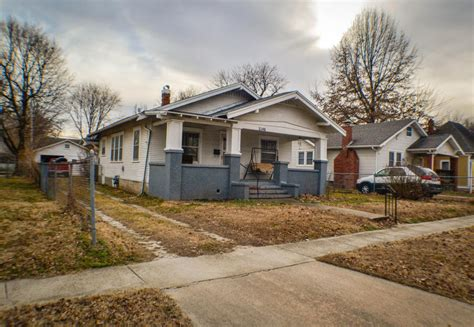 1146 west springfield mo 65802 for sale