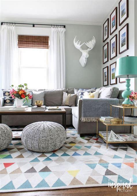 best 25 living room wall decor ideas on pinterest family living room decorating ideas onyoustore com