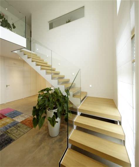 va treppengeländer innen weiss design treppe