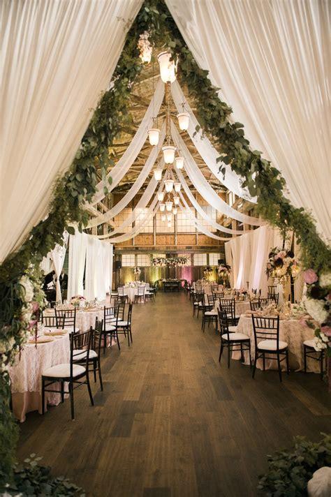 sweet  romantic rustic barn wedding decoration ideas elegantweddinginvitescom blog