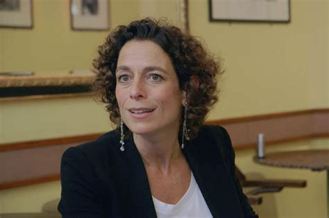 Interior Design Apps alex polizzi swaps hotels for heroes as she tries to find