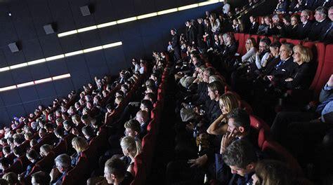 die mannschaft wann im kino premiere in berlin quot die mannschaft quot im kino dfb
