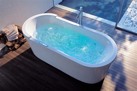 In A Bathtub by Qb Faqs Whirlpool Air Tub Or Soaker Abode