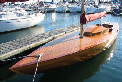 norwegian fishing boat builders sloop skimmer wood sailboat the 25 black skimmer