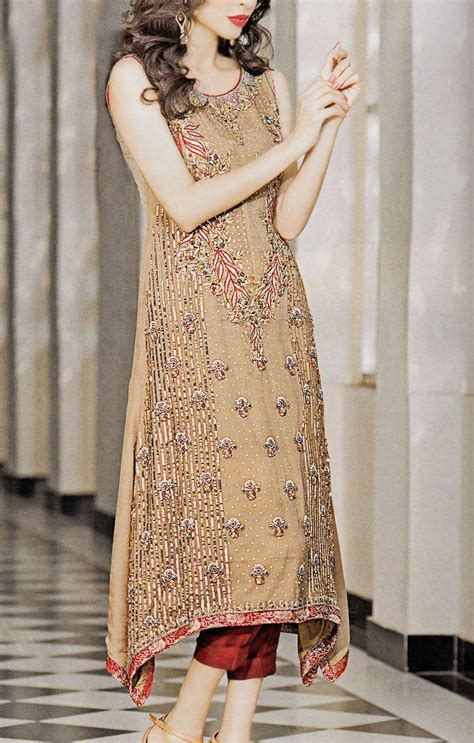 buy pakistani wedding mehndi reception dresses   pak robe checkout  complete