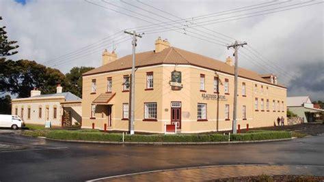 comfort inn port fairy australia casino cottage fireplace picture of comfort inn port