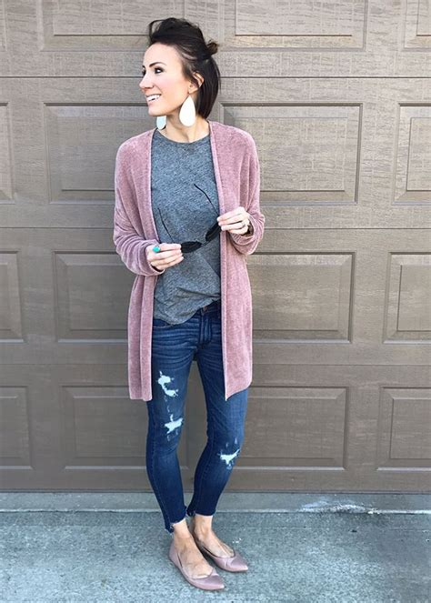 pintrist cute womans outfits everyday style ideas early spring includes cardigan