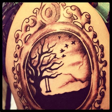 my picture frame tree tattoo artsy pinterest trees