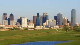 File downtown dallas from the trinity river jpg wikipedia