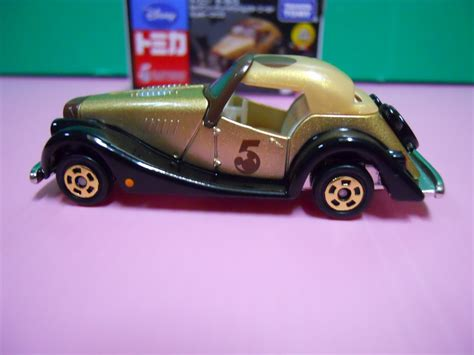 Tomica Disney Mickey Gold dexters diecasts dexdc tomica 5th anniversary disney motors mickey s gold