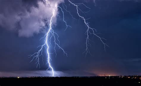 11 awesome facts about lightning kids discover