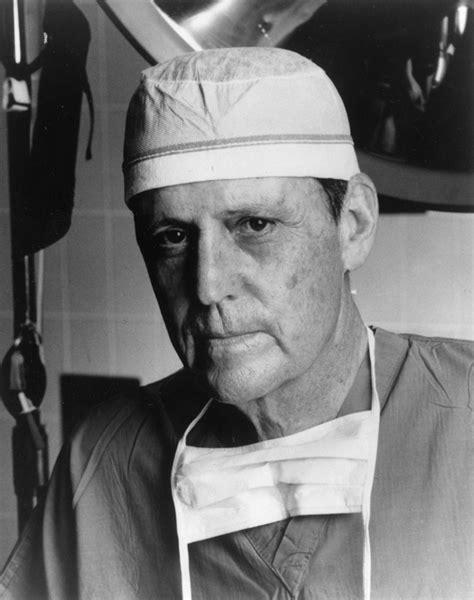 The Official Dr. Thomas E. Starzl Web Site