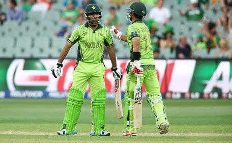 sarfraz hits ton as pakistan knock out ireland to secure