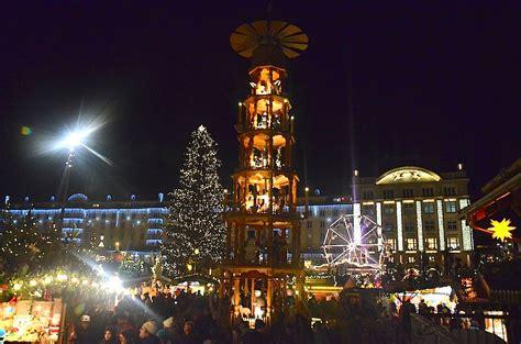 dresden weihnachten striezelmarkt dresden traditioneller weihnachtsmarkt