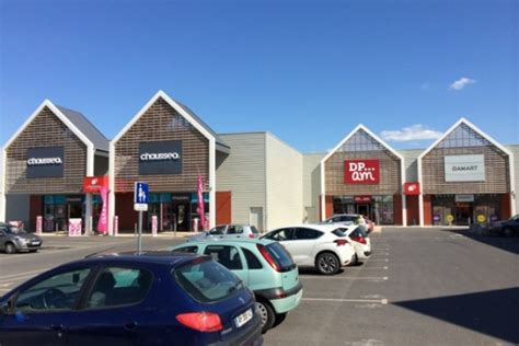 Patio Beauvais by Next Nouvelle Expansion Terrestre Next Commerce
