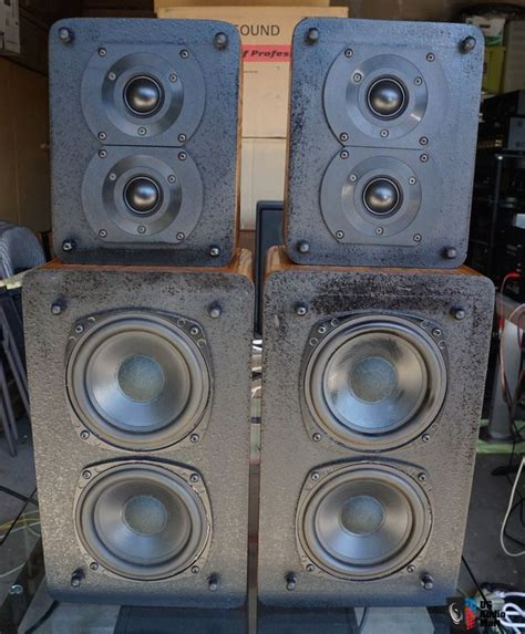 m k satellite 1b speakers with factory stands photo