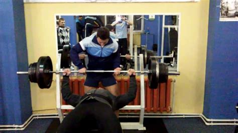 bench press 180 strong man uzzy impins la piept 180 kg bench press 396