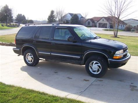 chevrolet blazer lt 1998 buy used 1998 chevrolet blazer lt sport utility 4 door 4 3l in somonauk illinois united states