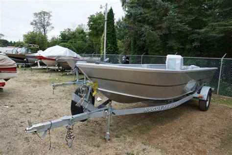alumaweld tiller boats alumaweld boats for sale boats