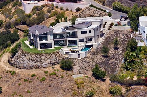 pictures of nicki minaj house when i come out of my mansion danny glover remix by young thug