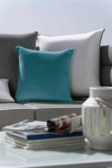 cuscini per divani da esterno cuscini divano esterno idee per il design della casa