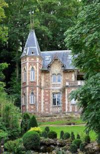 small houses that look like castles file le port marly ch 226 teau d if 001 jpg wikimedia commons