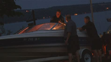 boating accident girl loses arm 8 year old lost arm and leg in boating accident on