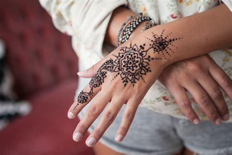 henna tattoo yourself diy mehndi henna 3 ways boat vintage diy