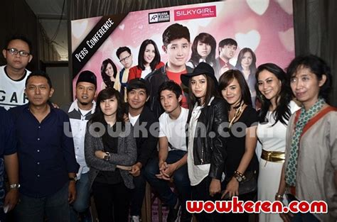 film cerita cinta 2015 download foto press conference film cerita cinta foto 6 dari 14
