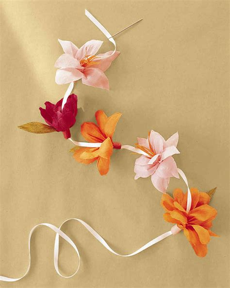 How To Make Flowers With Crepe Paper - how to make crepe paper flowers martha stewart