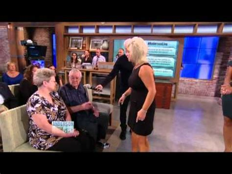 theresa caputos mom not on show theresa caputo exposed as a fake medium and a fraud youtube