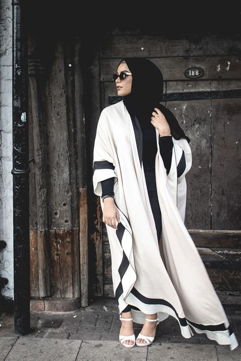 Baju Simple Murah Romeo Black Ak Baju Muslim 25 best ideas about abaya style on abaya