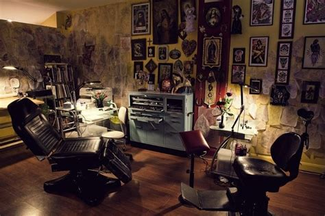 tattoo parlor on tattoo parlor tattoo parlor interior pinterest