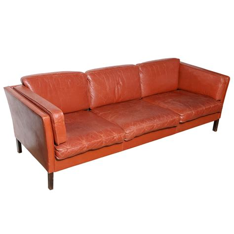circa sofa x jpg