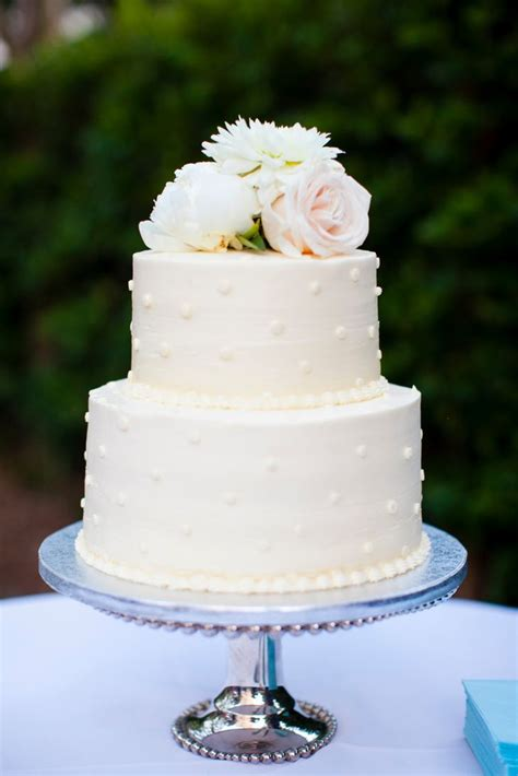 whole foods wedding cakes two tier polka dot buttercream wedding cake whole foods