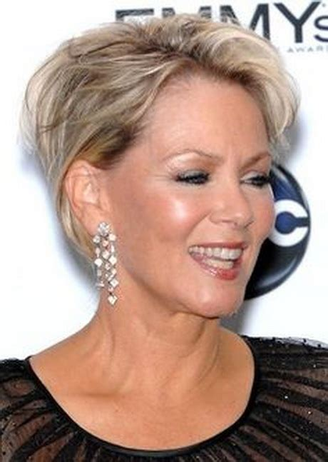 short haircuts for women over 40 round face short hairstyles for women over 50 with round faces