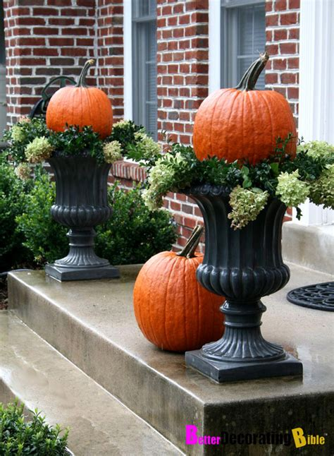 fabulous outdoor decorating tips and ideas for fall zing world design encomendas halloween garden decoration ideas