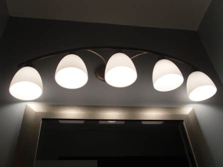 Bathroom Mirror Light Fixtures by Where To Use Par 20 Led Lightbulbs In The Bathroom