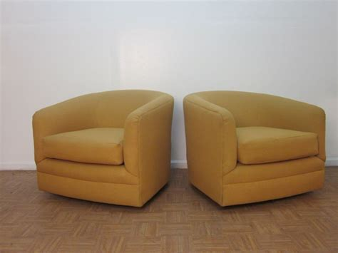 Pair Of Upholstered Barrel Back Swivel Chairs At 1stdibs Upholstered Swivel Chair