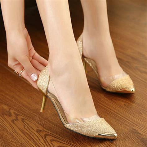 Sepatu Selop Gliter Ujung Gold 13 referensi sepatu cantik untuk mempelai wanita