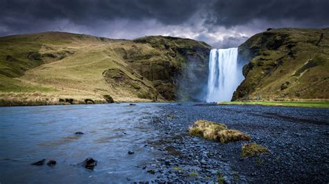 iceland waterfall hd wallpapers 4k アイスランド skogafoss 滝 川 2017 4k ウルトラhdプレビュー 10wallpaper com