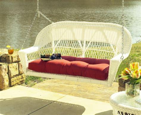 schaukelsessel zum aufhängen coole exterior accessoires ideen frisches ambiente im garten