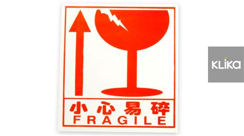 Stiker Fragile Berkualitas 1 bulk 300 fragile sticker postage warning labels 75mm x 85mm ebay