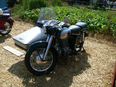 Motorrad Beiwagen Treffen by Altes Simson Motorrad Mit Beiwagen Beim Treffen In Bocka