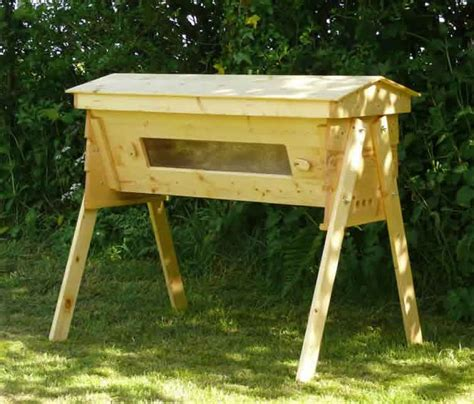 Beehive Top Bar by Beekeeping Equipment Five Gallon Ideas